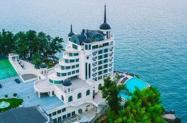 هتل کاستلو ماری باتومی