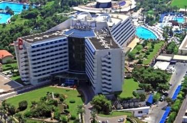 هتل تایتانیک بیچ آنتالیا _ لارا