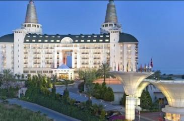 هتل دلفین دیوا پرمیر آنتالیا _ لارا