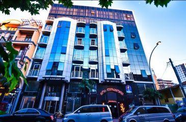 هتل ارا پالاس باتومی